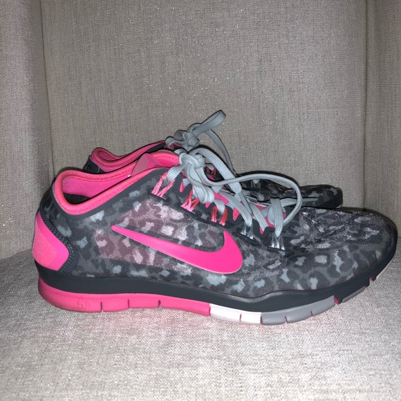 new style 3c1e5 de8ad low price nike free tr connect 2 pink cheetah 221e2 2073d